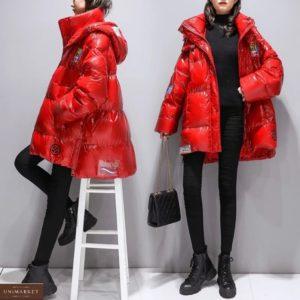 Приобрести красную женскую удлиненную куртку оверсайз с капюшоном (размер 44-50) на зиму по низким ценам