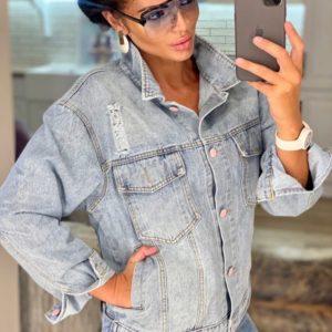 Придбати блакитну світлу джинсову куртку зі стразами на спині для жінок вигідно