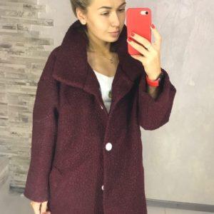 Заказать цвета бордо для женщин пальто oversize свободного кроя из букле барашек (размер 42-52) дешево
