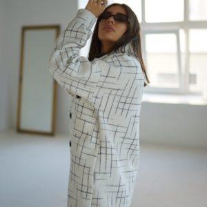 Заказать белое шерстяное пальто оверсайз на пуговицах (размер 42-52) для женщин по низким ценам