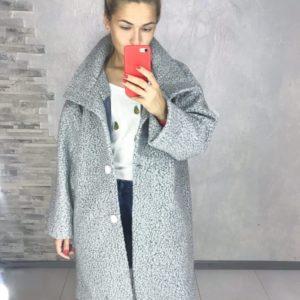 Приобрести серое пальто oversize свободного кроя из букле барашек (размер 42-52) для женщин недорого