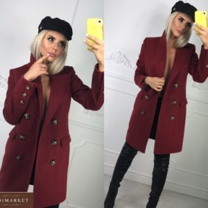 Заказать бордовое двубортное женское пальто с пуговицами по скидке