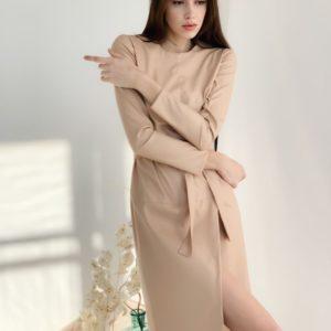 Заказать бежевое платье для женщин с длинным рукавом из эко кожи (размер 42-48) недорого
