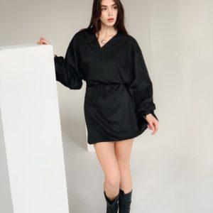 Приобрести женское платье оверсайз на запах с широкими рукавами (размер 42-48) черного цвета недорого