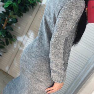 Приобрести женское длинное вязаное платье с карманами серого цвета (размер 42-54) по скидке
