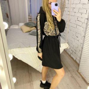 Заказать черного цвета платье в спортивном стиле с принтованной вставкой (размер 42-52) для женщин в Украине