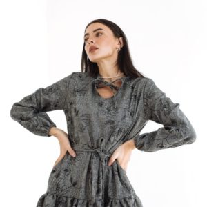 Приобрести женское шерстяное платье оверсайз с длинным рукавом (размер 42-52) серого цвета в Украине