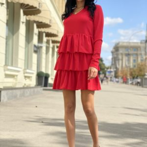 Купить красное платье мини с рюшами и длинным рукавом для женщин по скидке