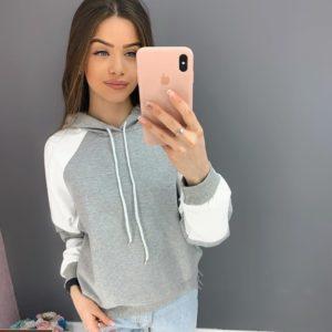 Заказать серый двухцветный женский худи с рукавом реглан онлайн