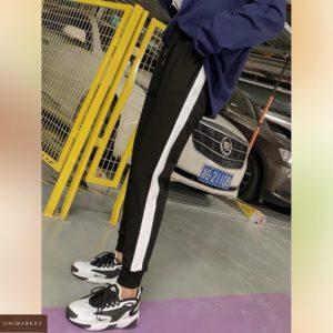Заказать черные женские спортивные штаны с лампасами (размер 42-50) на осень по скидке