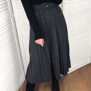 Придбати жіночу спідницю плісе чорну з щільного трикотажу онлайн