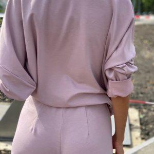 Купить пудровый костюм оверсайз свободного кроя: штаны+кофта для женщин недорого