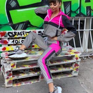 Заказать розовый светоотражающий спортивный костюм (размер 42-52) для женщин по скидке