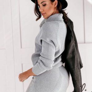 Приобрести серого цвета структурный теплый костюм из ангоры: гольф+юбка для женщин по низким ценам