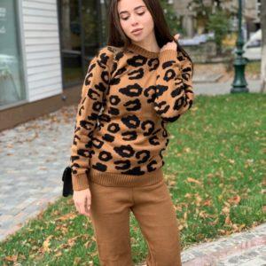 Приобрести светло-коричневый прогулочный вязаный костюм с леопардовым принтом для женщин на осень выгодно