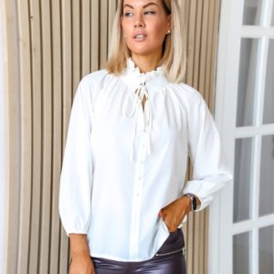 Купити білу ніжну блузку з зав'язкою (розмір 42-56) по знижці для жінок
