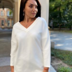 Заказать женский удлиненный джемпер с V-образным вырезом белый (размер 42-56) дешево