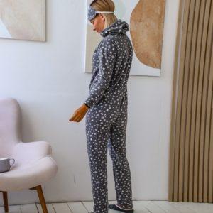 Заказать серого цвета женский плюшевый комбинезон с тапками и повязкой (размер 44-50) недорого