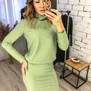 Заказать оливковый костюм для женщин из трикотажа косичка: гольф+ юбка (размер 42-48) онлайн