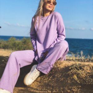Купить сиреневого цвета женский прогулочный костюм с добавлением люрекса по низким ценам