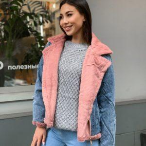 Купити жіночу рожеву куртку з джинса з хутром під норку недорого