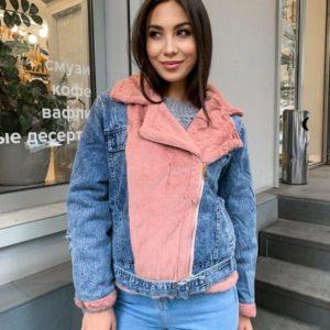 Придбати пудра жіночу куртку з джинса з хутром під норку по знижці для жінок