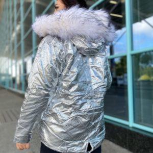 Купить серебряную зимнюю куртку-парку на меху (размер 42-48) для женщин по низким ценам