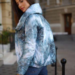 Заказать голубого цвета куртку на синтепоне с двойным воротником (размер 42-54) недорого для женщин