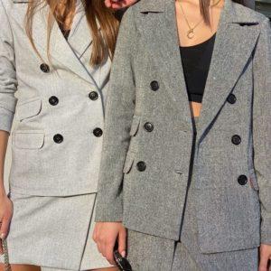 Заказать серый, асфальт пиджак из твида на подкладке для женщин недорого