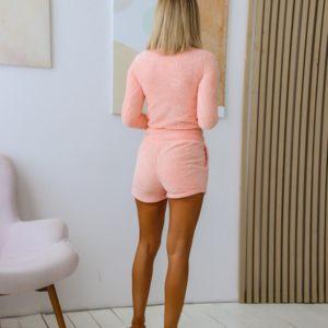 Заказать женскую плюшевую пижаму пудровую с шортами (размер 42-48) онлайн