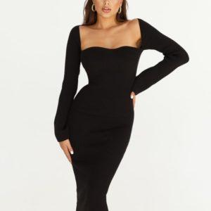 Заказать черное женское силуэтное платье с длинным рукавом из трикотажа по скидке