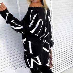 Заказать женское трикотажное платье мини с принтом (размер 42-52) черного цвета по скидке