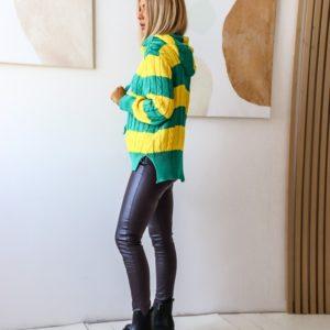 Купить женский двухцветный зеленый/желтый полосатый свитер с капюшоном (размер 42-48) по скидке
