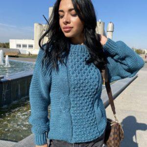 Заказать голубой женский свитер с шерстью со спущенной линией плеча (размер 42-48) онлайн