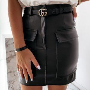 Замовити чорну жіночу спідницю з еко шкіри з накладними кишенями в інтернеті