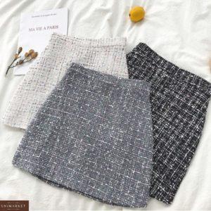Купити чорну по знижці міні спідницю з тканини букле для жінок