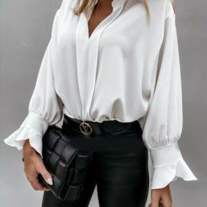 Заказать молочную блузу из софта с нежными рукавами (размер 42-56) для женщин недорого