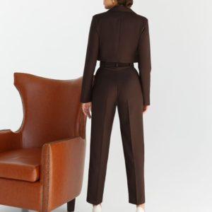Приобрести цвета шоколад брючный костюм с коротким жакетом в интернете для женщин