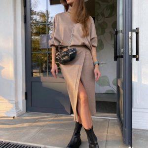 Приобрести мокко женский костюм: кофта с юбкой миди из ангоры онлайн