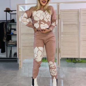 Купить пудра Костюм мелкой вязки с крупными цветами для женщин в интернете