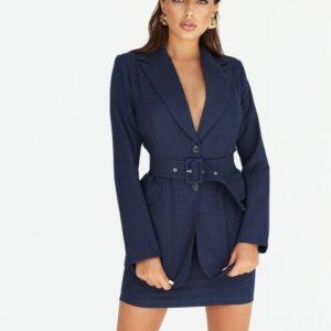 Заказать женский костюм: пиджак с юбкой на поясе синего цвета по скидке