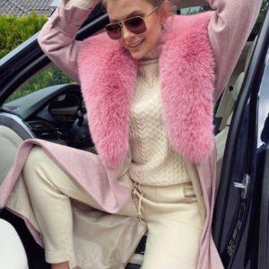 Заказать женский прогулочный костюм вязка молочный со свитером дешево