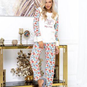 Купить белую с сердечками теплую пижаму из плюша с принтом (размер 42-52) для женщин выгодно