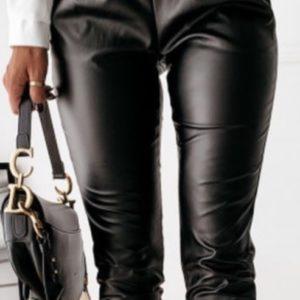 Купить женские штаны из эко кожи черного цвета с завязками (размер 40-52) онлайн