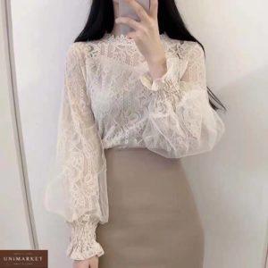 Заказать молочную кружевную блузку с объемными длинными рукавами женскую в интернете