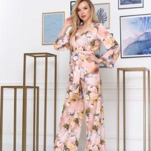 Купить женский шелковый брючный розовый костюм с цветочным принтом (размер 42-52) выгодно