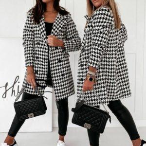 Заказать трендовое женское двубортное пальто гусиная лапка прямого кроя (размер 42-48) онлайн