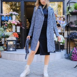 Заказать женское пальто на подкладке с мелким принтом елочка серо-синее в интернете