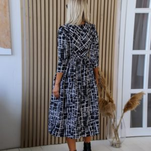 Заказать черное платье для женщин миди с пышной юбкой из костюмки (размер 42-48) недорого