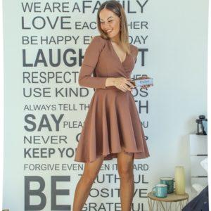 Заказать бежевое платье для женщин мини с декольте и длинным рукавом (размер 42-48) в интернете